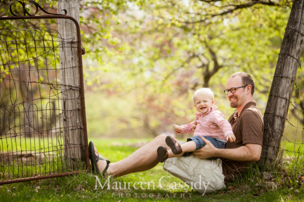 father son madison-family-photographer-outdoors natural-family-candid