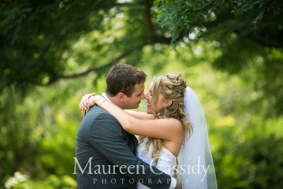 natural wedding photography in madison wisconsin olbrich gardens