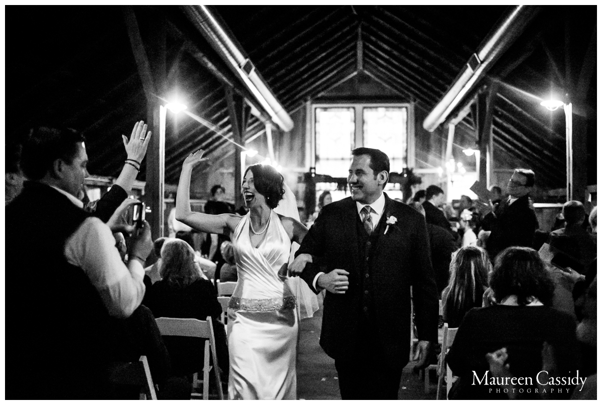maureen cassidy natural barn wedding photography
