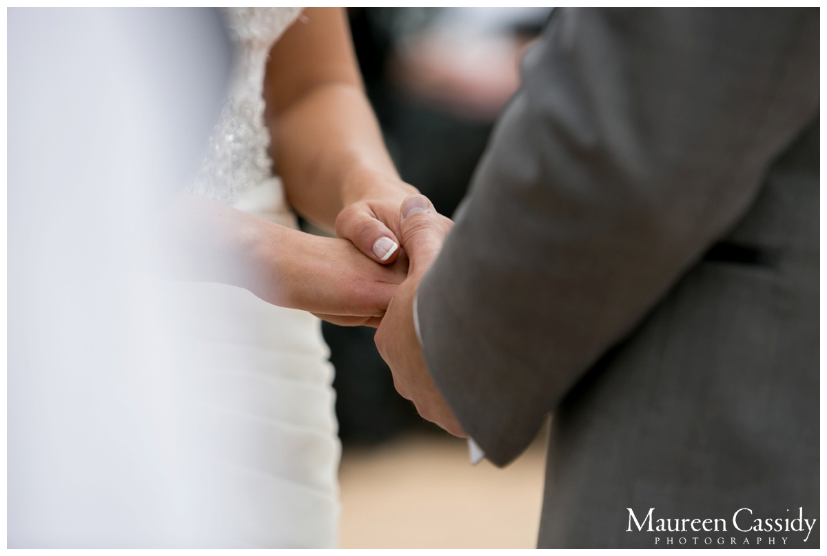 love at altar wedding photography madison wi