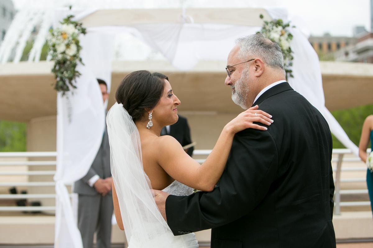 wedding-photography-outside-madison-100-3