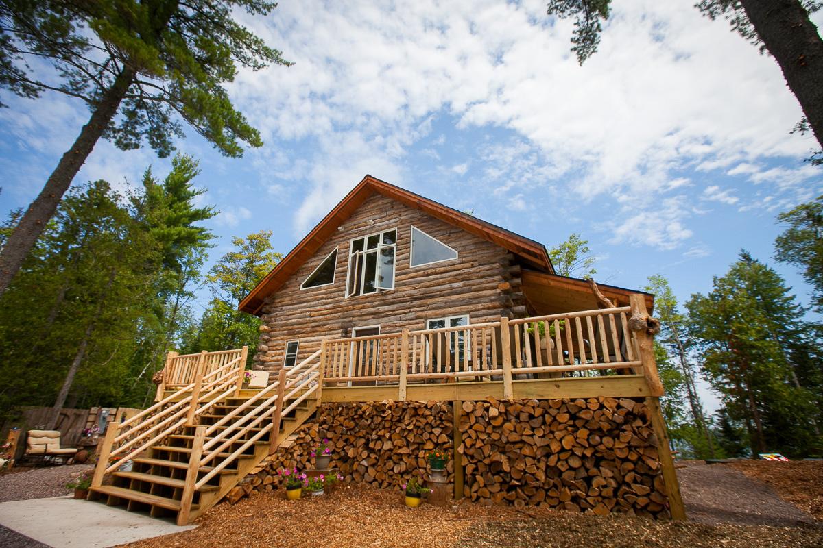 DIY rustic cabin for backyard wedding